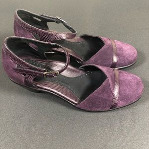 Dansko shoes.